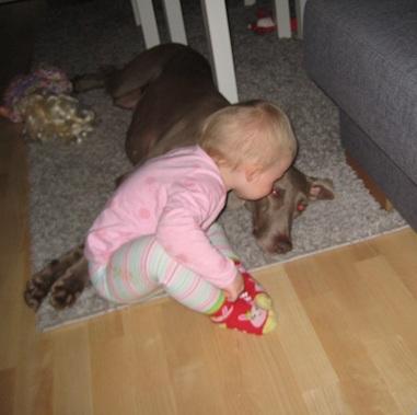 Undra är oavkortat den i vår familj som får flest pussar av Elise!
